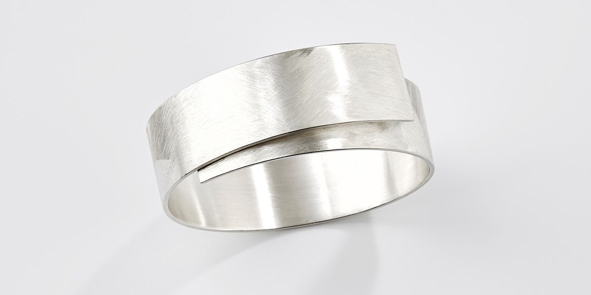 Hedendaagse armband, 18k wit goud