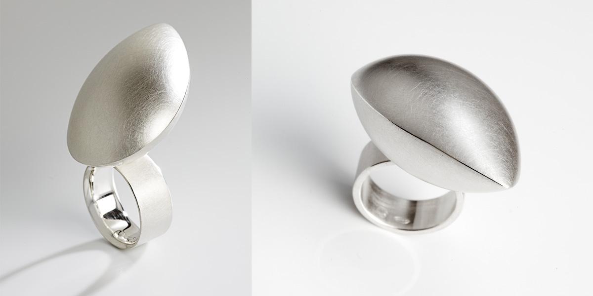 Sculpturale ring in 18k goud of sterling zilver