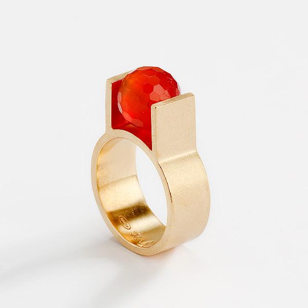 Hedendaagse ring, 18k goud en edelsteen