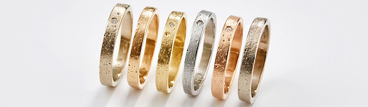 verlovingsring in verschillende kleuren goud