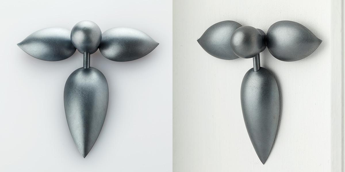 Sculpturale broche of wandsculptuur, mat zwart sterling zilver