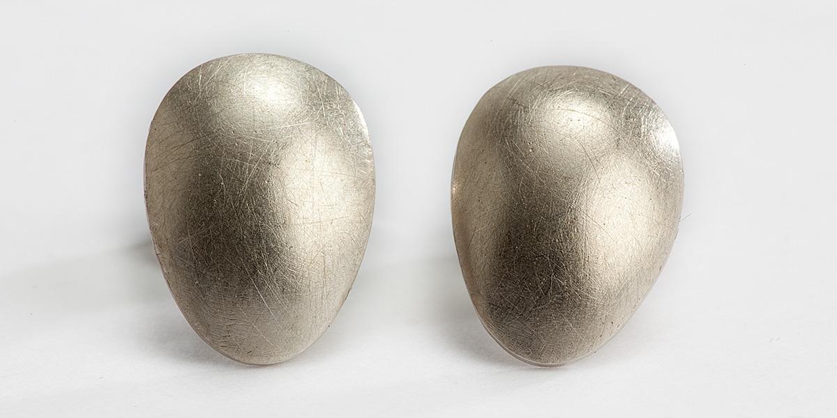 Handgemaakte 18k gouden oorstekers