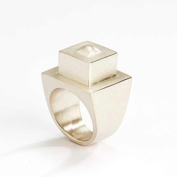 Architecturale hedendaagse ring, 18k mat goud