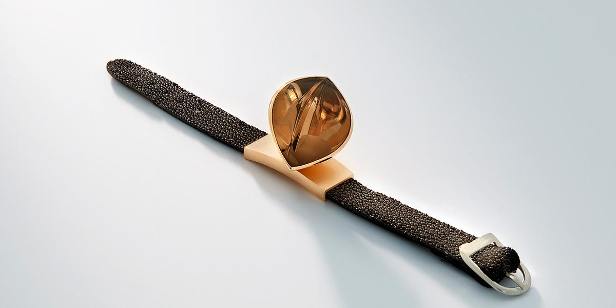 Armband Hidden Secret, 18k brons rosé goud, roggen leder en rookkwarts, Rembrandt Jordan