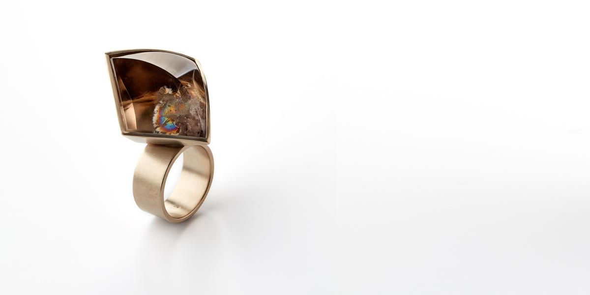 gouden ring edelsteen rookkwarts juweel juwelier edelsmid goudsmid